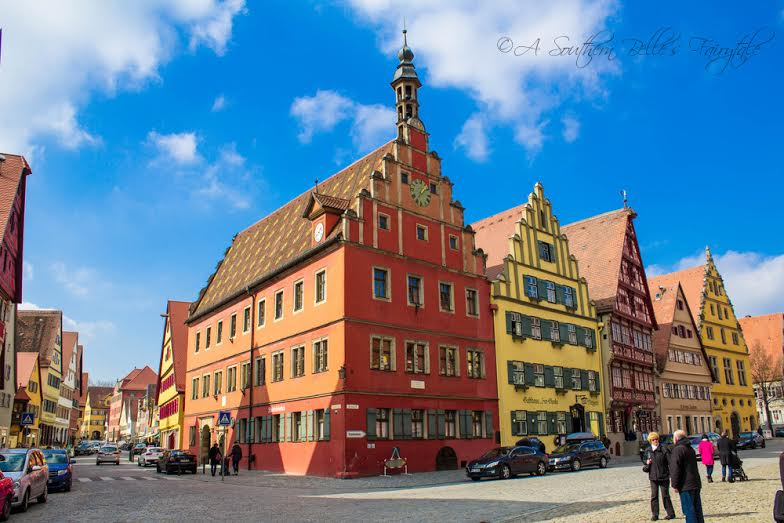 These buildings are a part of the Wine Market which features 16th century buildings. The unique architecture of these buildings are sure to catch your eye as you enter the Wörnitz Tor, which is the oldest tower in Dinkelsbühl.